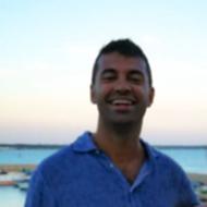 Dr. Luca Pecoraro